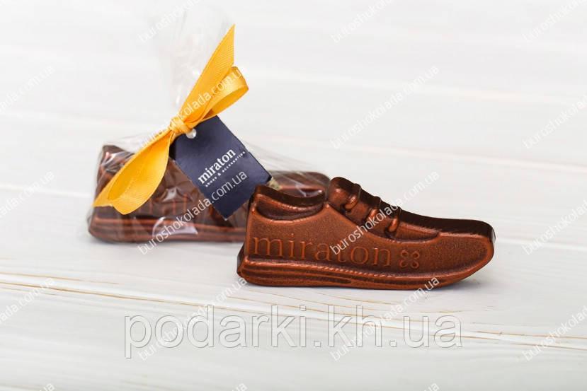 Брендированный шоколадный ботинок с логотипом