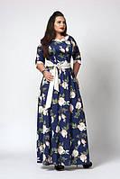 Красивое летнее длинное платье с красивым цветочным  принтом тёмно-синее с белым размеры 52,54, 56