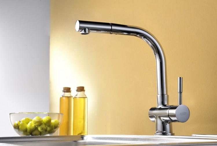 Смеситель для кухни с вытяжным душем Blue Water Lira chrom