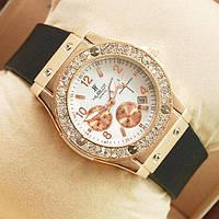 Часы женские Hublot белые с золотом 267 (копия)