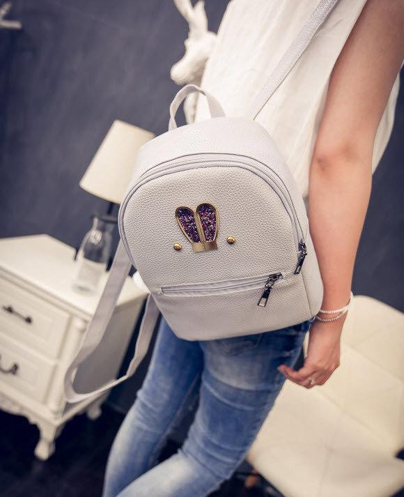 3167e8253073 Не большой городской рюкзак с ушками в блестках. Хорошее качество.  Доступная цена.