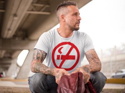 """Мужская футболка с принтом """"против курения"""""""