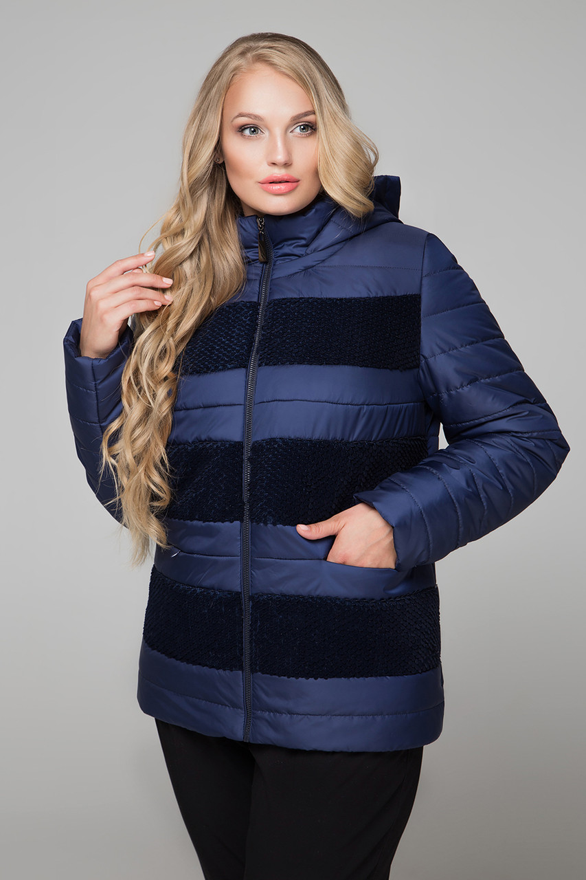 Зимний гардероб для полных женщинСовременным красавицам все по плечу. Они способны сохранить шик и очарование даже в сильные морозы, и обновить зимний