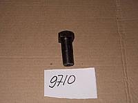 Болт карданный к-700