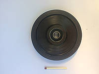 Ролик стальной с подшипником для силовых тренажеров Ø90 (черный)