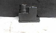 Вакуумний насос центрального замка Mercedes-benz W202 Hella 2028001948