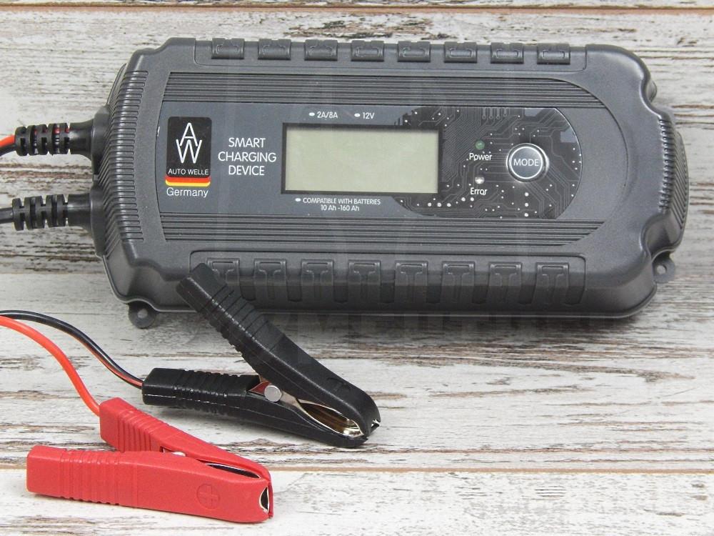 Импульсное интеллектуальное зарядное AUTO WELLE 05-1208