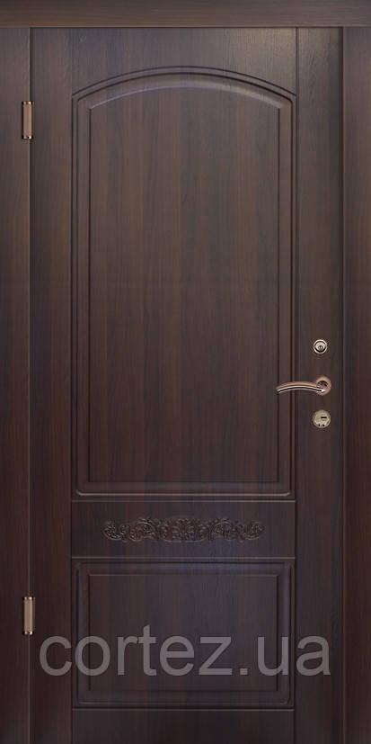 Двери Люкс модель 184 Двухцветная