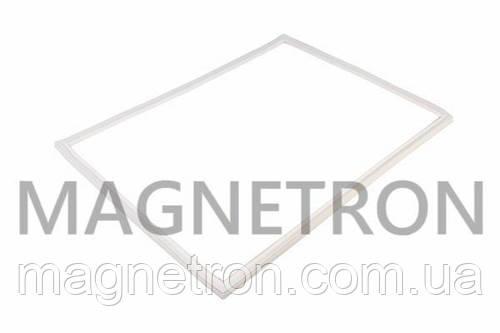 Уплотнительная резина для холодильника Indesit (на мороз. камеру) C00854014