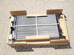 Радиатор Opel Vectra B, Опель Вектра Б 1,6і. Без кондиционера.