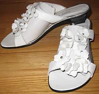 Шлепанцы женские кожаные белые, летние шлепанцы от производителя модель Л3Ж3