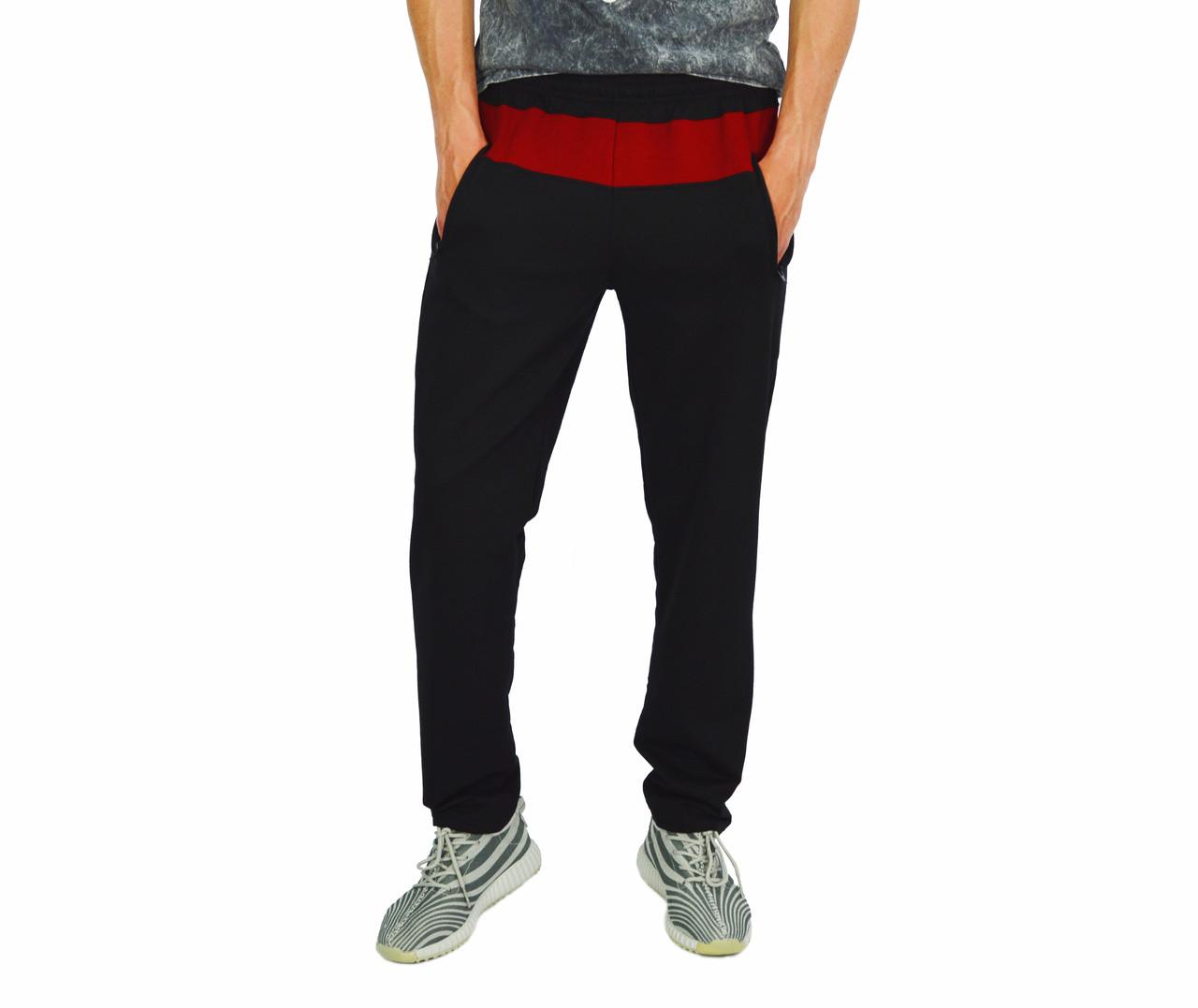 Черные с красной полоской мужские трикотажные штаны спортивные