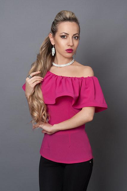 Шикарная блуза цвета фуксия  продажа 0840b4f6de0f2