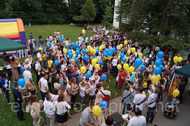 В Германии устроили праздник в честь украинского борща.