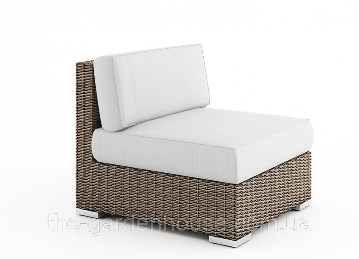 Центральный диванный модуль Milano Royal из искусственного ротанга бежевый