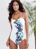 Белый слитный купальник с цветами. Стильный дизайн. Хорошее качество. Доступная цена. Дешево. Код: КГ1703