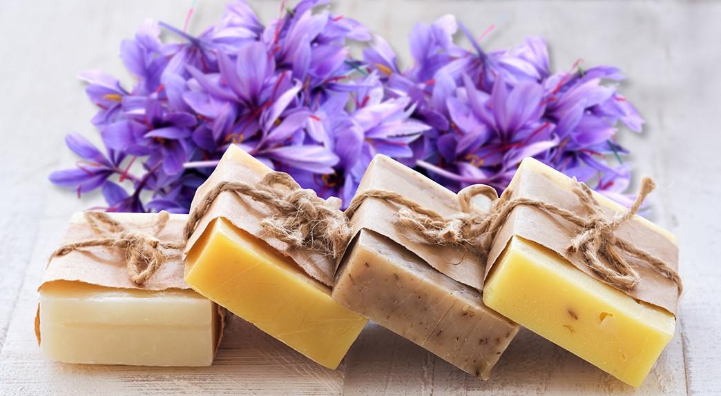 Мыло натуральное ручной работы с Шафраном / с Сандалом и Куркумой, 125 грамм. Натуральное мыло.