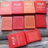 Румяна Kylie Blush Bundle