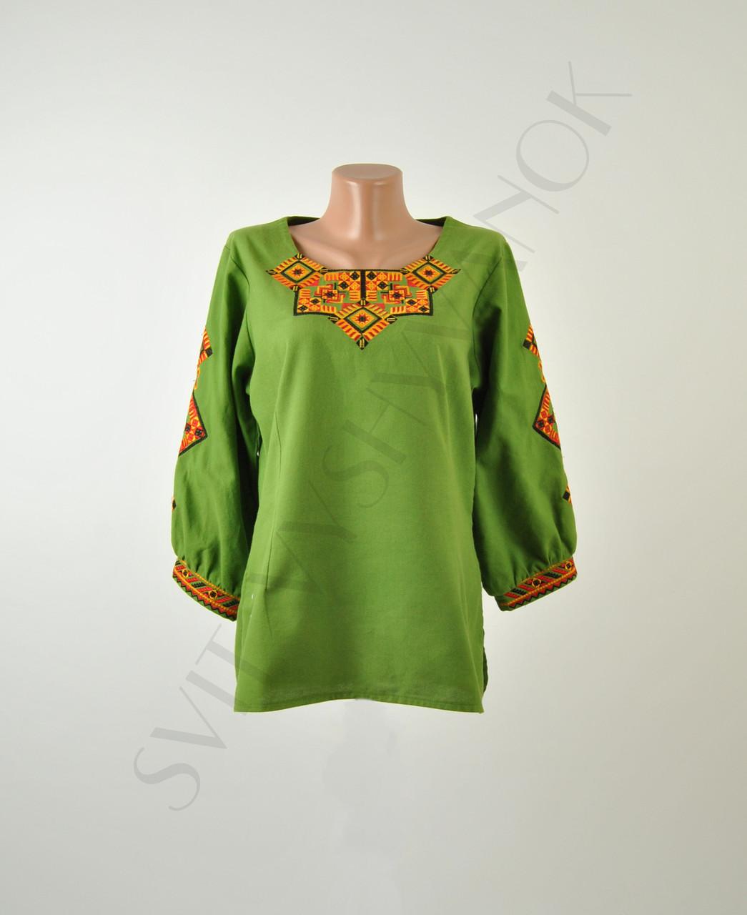 Жіноча вишиванка зеленого кольору з машинною вишивкою недорого