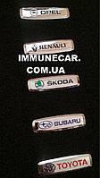 Шильдик, логотип TOYOTA для автомобильного ковра