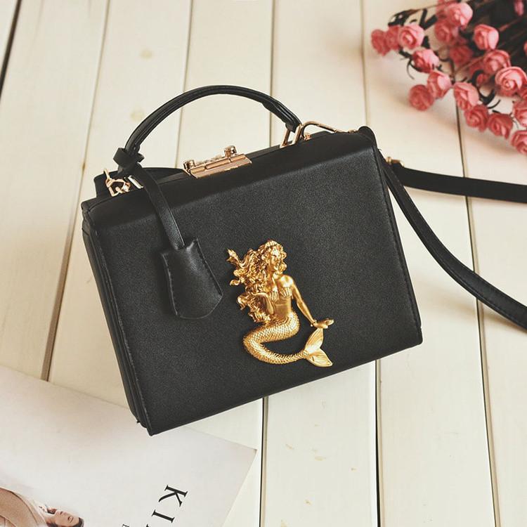 d055c205 Черная сумка с русалкой: 712 грн. - Сумки, чемоданы Киев ...