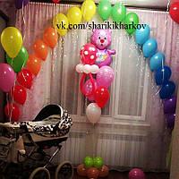 Оформление комнаты новорожденного воздушными шарами для встречи с роддома № 2 розовый и голубой