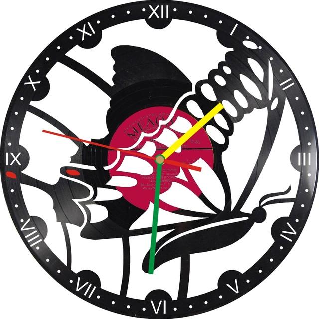 Настенные часы из виниловых пластинок Бабочка 3