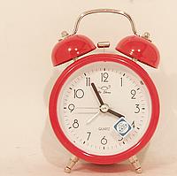 Часы с громким будильником