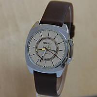 Часы с будильником полет сигнал мех. часы СССР