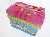 Махровое банное полотенце 140х70см (розы, три полоски)