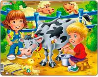 Пазл рамка-вкладыш На Ферме, Дети и корова, серия Макси, Larsen (BM5)