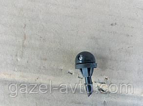 Форсунка омывателя стекла (жиклер) Газель (под защелку)