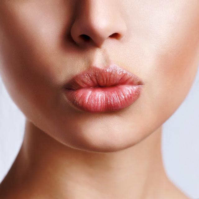 Бальзамы для губ