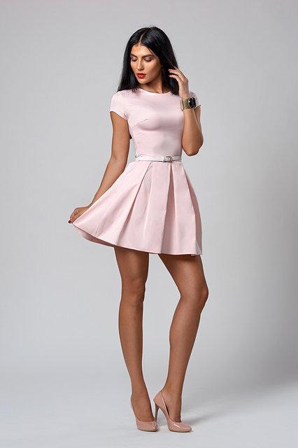 Молодежное платье розовое
