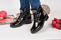 Ботиночки на шнуровке в стиле B@lm@in.Натуральный лак, внутри на байке. Р-р 36-41. Цвет черный.