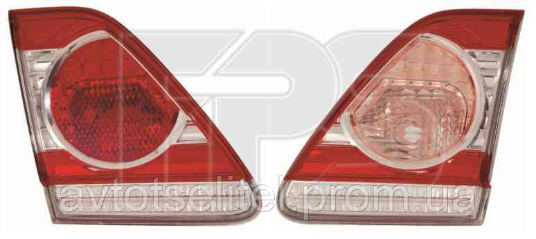 Фонарь задний для Toyota Corolla 10-12 левый, внутренний (DEPO)