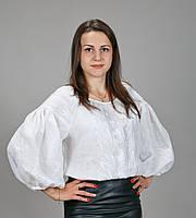 Женская вышиванка, белая вышивка на белом льне. Украинские мотивы.