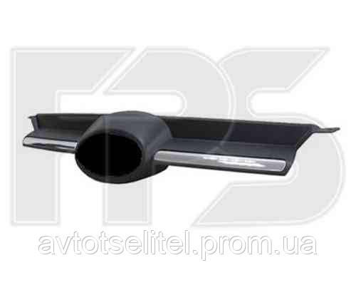 Решетка радиатора черн. с хром. молдингом для Ford Focus 2011-