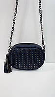 Женская сумочка на цепочке с шипами