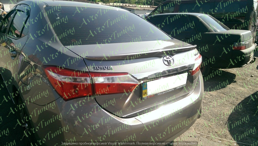 Lip-спойлер на багажник Toyota Corolla 2013-2017