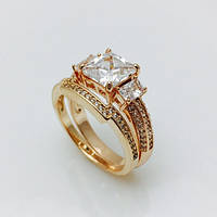 Перстень женский пирамидка, размер 19