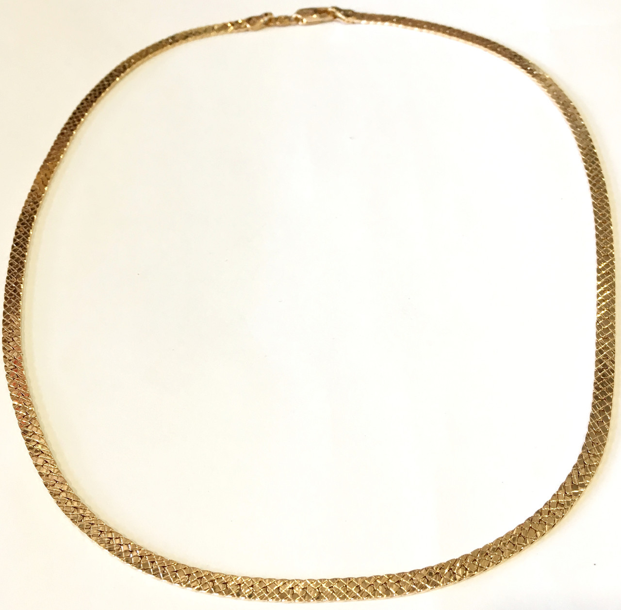Колье Чешуя,  диаметр 15 см