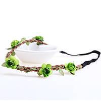 Венок на голову с зелеными цветочками на резинке