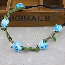 Красивый веночек с цветочками голубого цвета