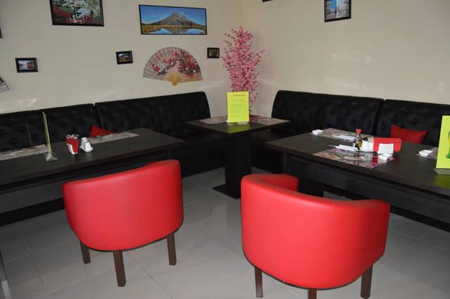 Диваны и кресла для суши-бара