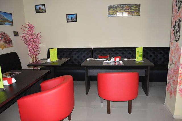 Диваны и кресла для суши-бара 5