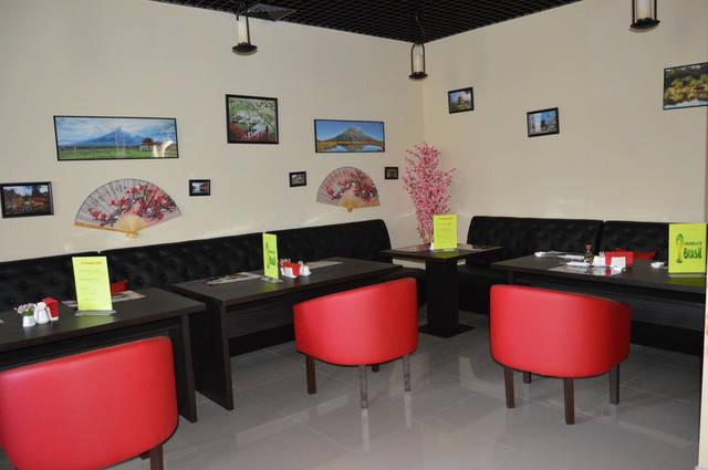 Диваны и кресла для суши-бара 1