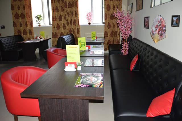 Диваны и кресла для суши-бара 4