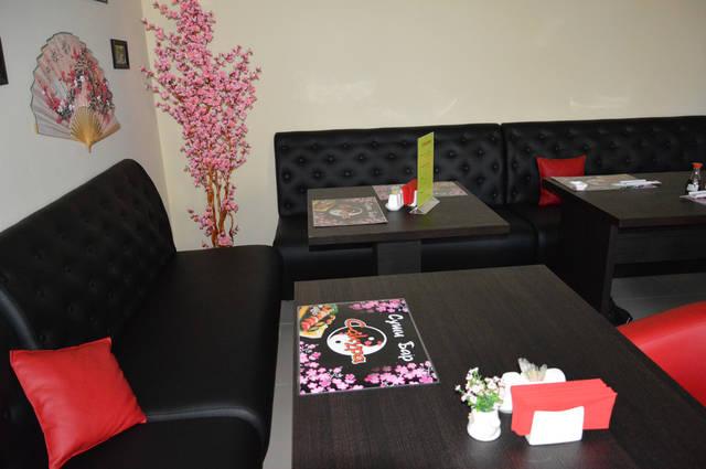 Диваны и кресла для суши-бара 6