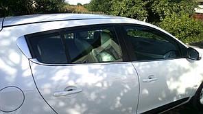 Нижние молдинги стекол Renault Megane III 2010+ (6шт)